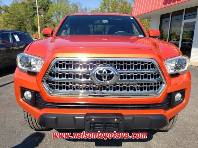 Pre-Owned 2016 Toyota Tacoma TRD Off Road V6